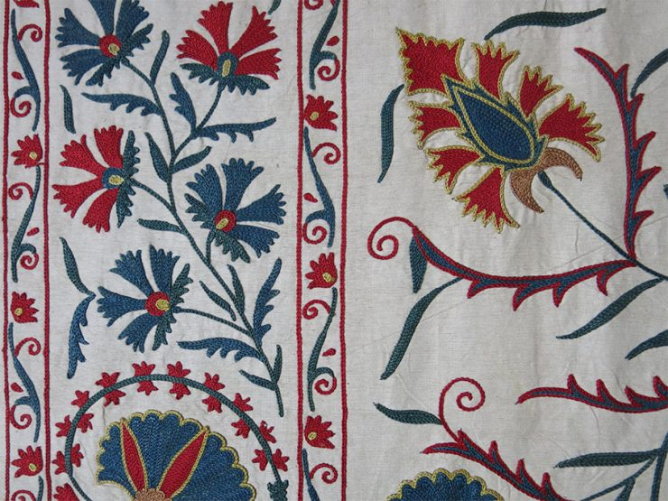 UZBEKISTAN – FARGANA VALLEY Silk fine embroidered Suzani