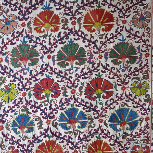 UZBEKISTAN BOKHARA Silk SUZANI EMBROIDERY HANGING
