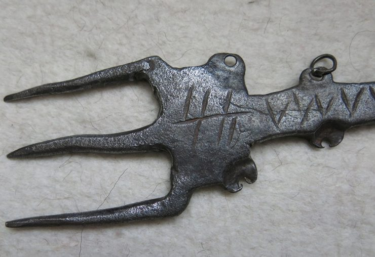 CENTRAL EAST ANATOLIA - TURKEY Hand forged TRIDENT iron weaving comb